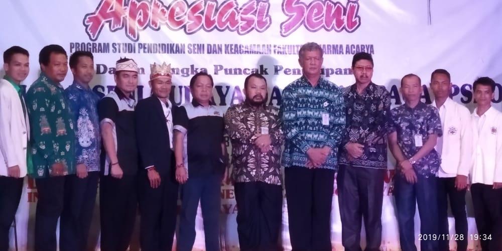 Apresiasi Seni - Unsur pimpinan IAHN-TP dan tamu undangan yang hadir di Apresiasi Seni